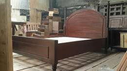 Mahogany Queen bed 5*6