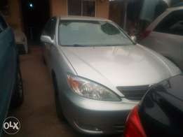 2005 Toyota Camry clean title