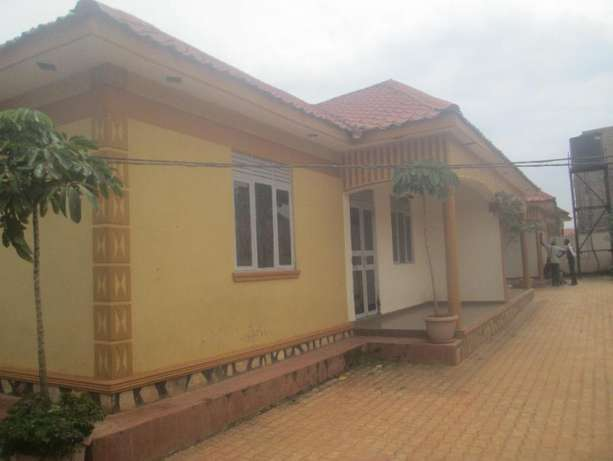 3 Income generating rentals for sale in Najeera at 185m Kampala - image 1