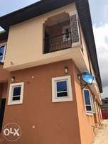a stunning 4br wing dplx at omole ph1