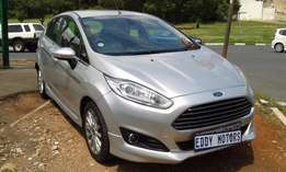 2013 model Ford Fiesta 1.4 for sale