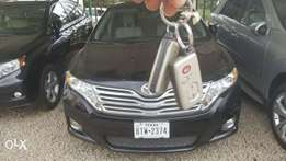 Toks 09 Toyota Venza, fulloption wit front camera, panorama roof