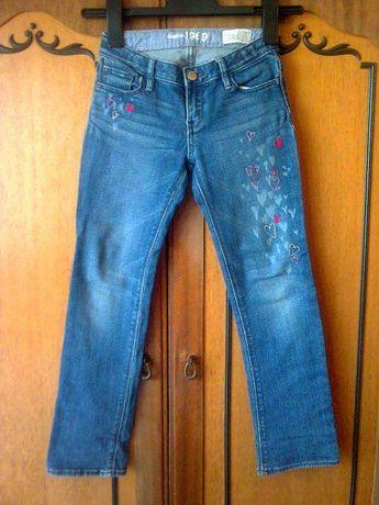 Сине-голубые плотные джинсы на девочку 7-9 лет. Борислав - изображение 1 bd9afda0324