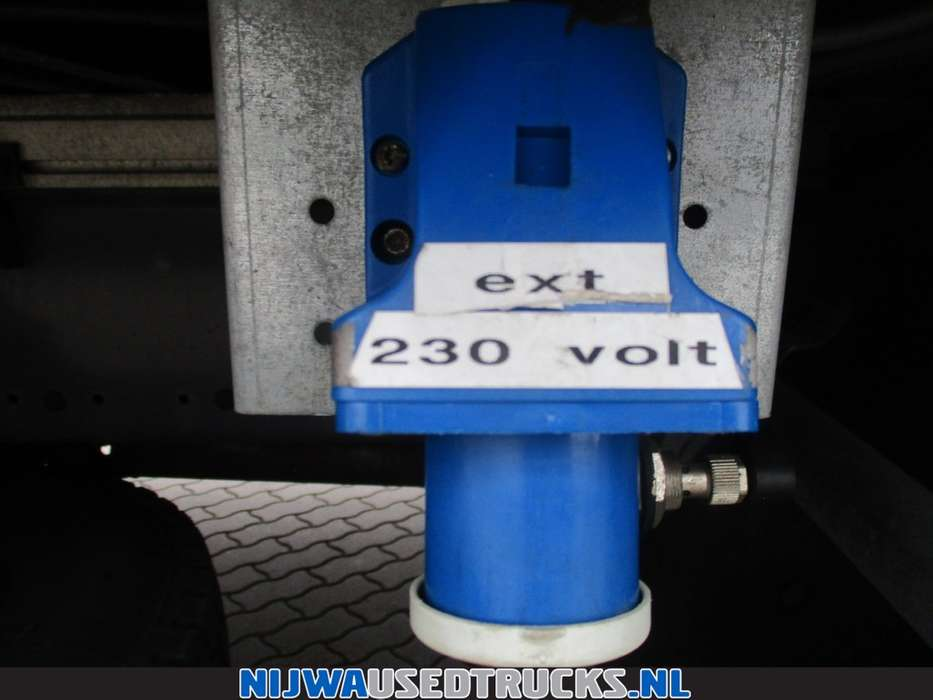 Volvo FE S 280 Mobiele werkplaats + 85 Kva aggregaat - 2006 - image 16