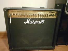 Marshall Mg 100 DFX amp