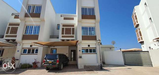 highly recommended 5 BHK Villa for Rent in MQ beside British school