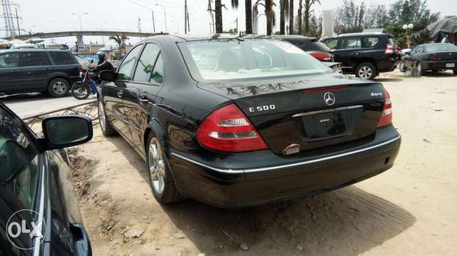 Clean Foreign Used 2004 Merc-Benz E500 4Matic With Leather Navigation Lekki - image 7