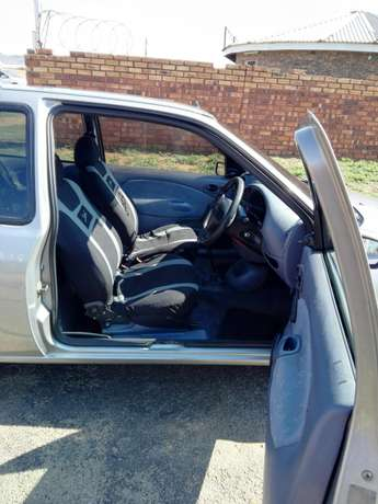 1998 ford fiesta flair 1.4i with aircorn Lenasia - image 7