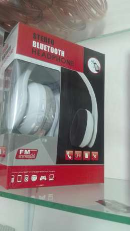 Genuine Bluetooth Head phones Kampala - image 3