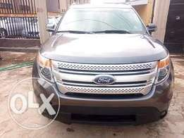 FORD Explorer XLT 2014 GREY Colour