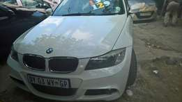 Urgent selling BMW msport 320i 6sped with sun roof