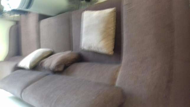3 seater L shape couch Upper Parklands - image 2