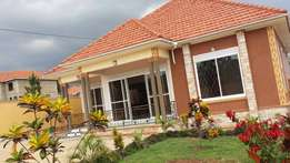 Newly built 3 bedroomed house on sale in Kyanja