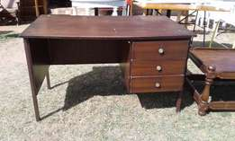 Meranti 3 Drawer Desk