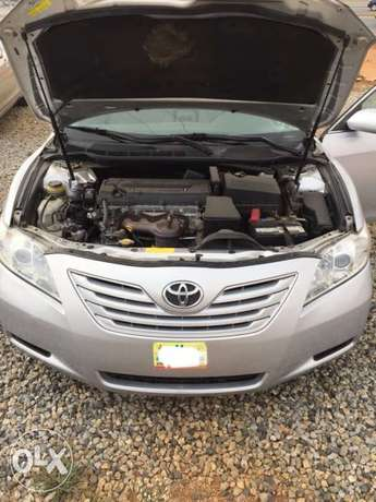 Super clean Toyota Camry muscle 08 model for sale Abuja - image 3
