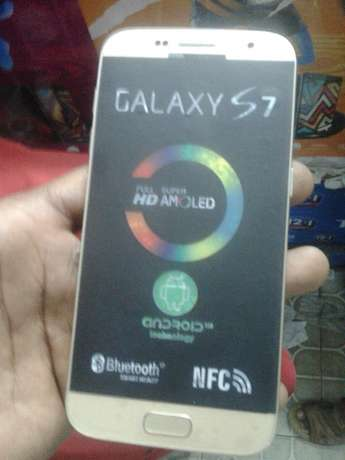 Get a brandnew galaxy S7 for 8999 only Nairobi CBD - image 1
