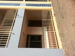 4 bedrooms apartment for rent 1500gh for a year