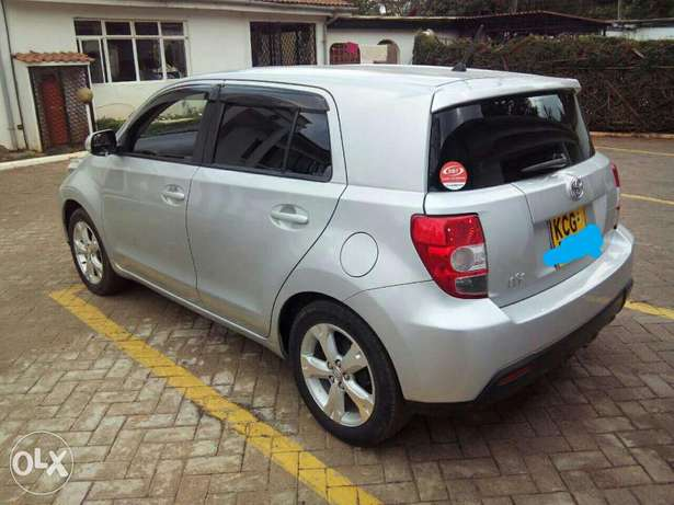 Very clean car Embakasi - image 1