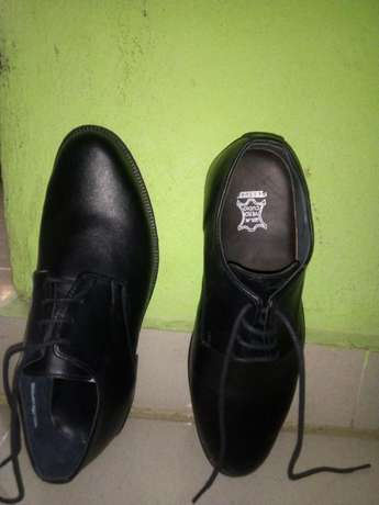 A Pair of Shoe (Brogues) Uyo - image 5