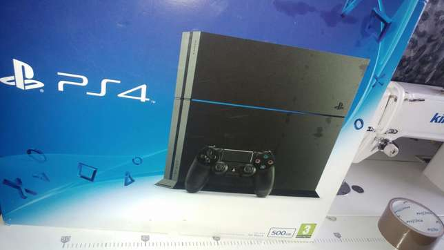 Sony PS4 500GB Urgent Sale Germiston - image 1