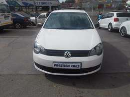 2011 VW Polo Sedan 1.6 white
