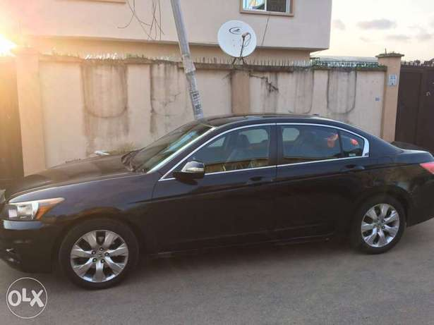 Registered Honda accord 2009 upgraded to 2011 Surulere - image 8