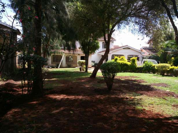 Spacious 5Bedroom Double Storey House in Mountain View Estate 150K Westlands - image 7