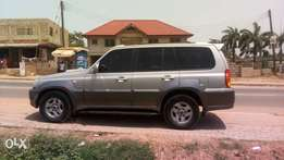 Hyundai Terracan. Well maintained, 16 registered and basically neat.