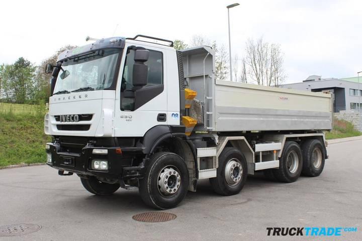 Iveco 340T 45 Trakker 8x4 3-Seitenkipper - 2011
