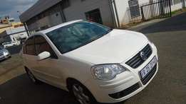 2008 Polo Classic sunroof/leather interior 2.0 Comfortline