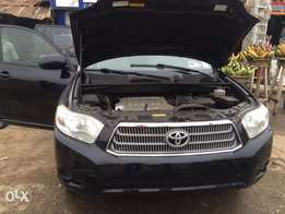 Toyota HighLander Year 2009,