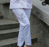 Медицинские штаны с единорогом 42 размер 0b31d420b350f