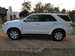 2011 Toyota Fortuner 3.0 d4d 4x4 Only 144000km FSH