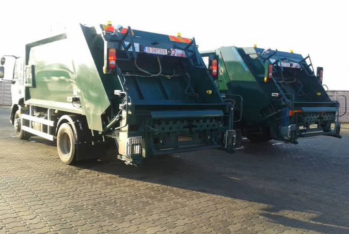 COMPACTOARE clasica de capacitate medie garbage truck