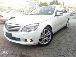 Mercedes Benz C200 , Pearl White, Year 2009, 1800cc ,Automatic