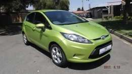 Ford fiesta 1, 6 Ambiente 5dr