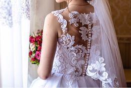 Весільне Сукня - Для весілля в Волинська область - OLX.ua 9d9de6bbf6ee7