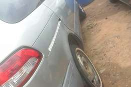 Neatly used Toyota sienna 2001