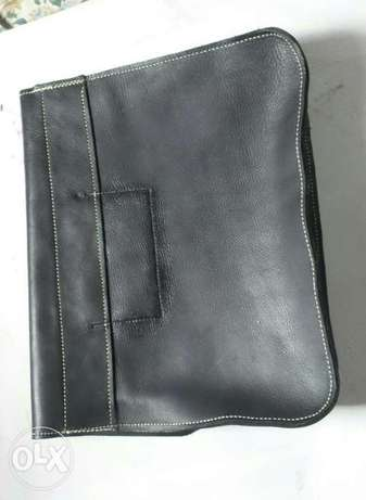 Genuine leather satchel, phone pouch and tablet pouch Ilorin - image 3