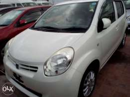 Toyota passo white color new shape new number