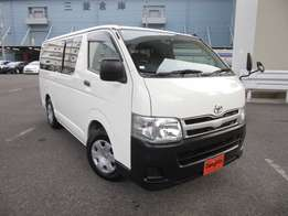 Toyota hiace auto diesel engine 2011 dx package