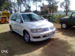 Agood suitable family car 7seats(Chariot)Automatic,1800cc,with sunroof