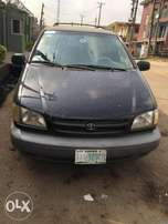 Toyota Sienna 2000, neatly used and sound engine with first body