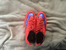 Used Mercurials red and purple Nike logo 2016 size 8.5