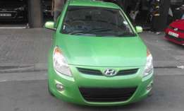 2011 Hyundai i20 green in color 1.6 automatic available for sale