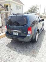 Nissan Pathfinder Tokunbo Standard. Extremely Clean