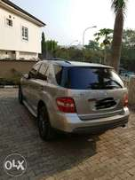 Grade One 2009 Mercedes benz ML350 4MATIC for grab