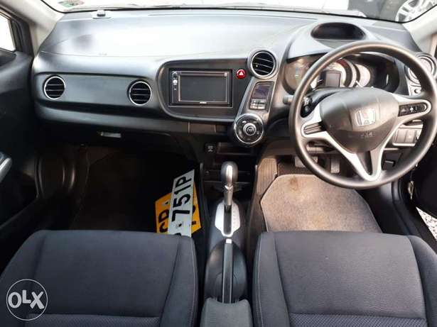 Honda Insight Hybrid, Newshape, Gray , Year 2011, KCP, 1300cc Auto Hurlingham - image 7