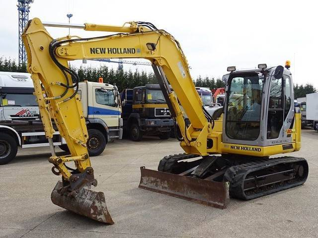 New Holland Kobelco E80bmsr-2 - 2009