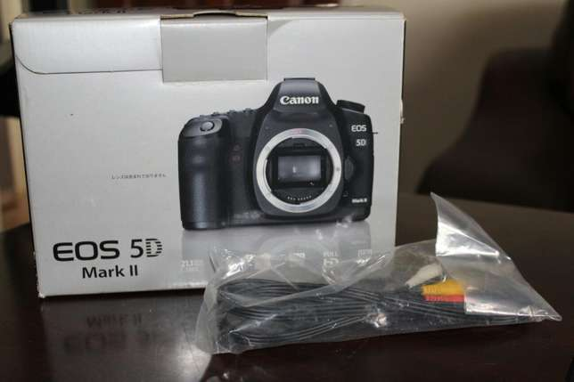 Brand new Canon EOS Mark ii with 28-105mm Kampala - image 3